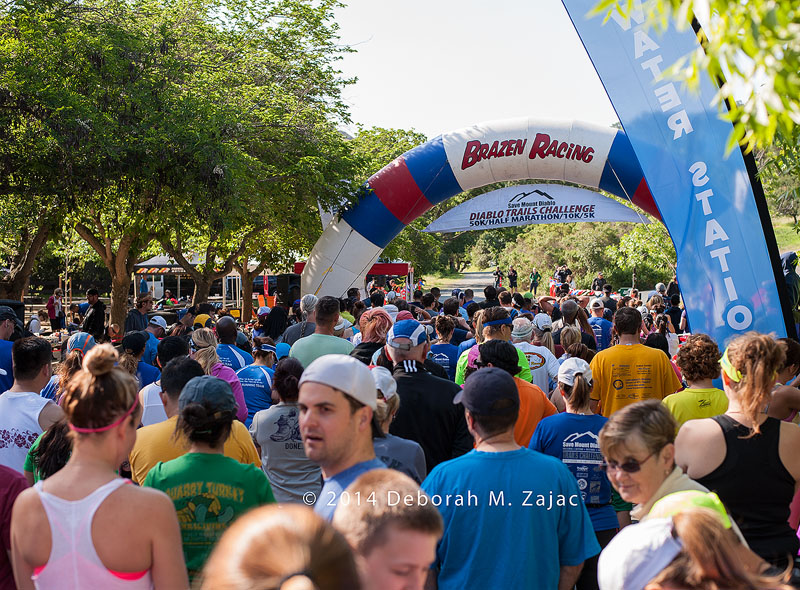 Minutes before the Start of the 5K Save Mount Diablo Run April 1