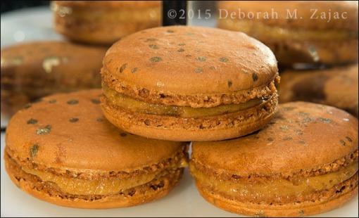P52 3/52 Caramel Macarons