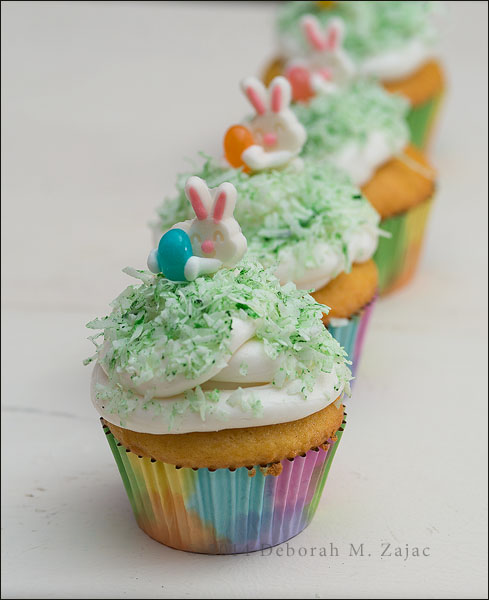 P52 14 of 52 Easter Cupcakes