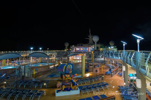 Main Pool and Hot Tubs Deck 11 Navigator of the Seas