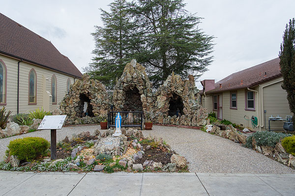 Grotto Immaculate Conception CC Tres Pinos